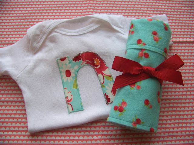 Burp Cloth and Onesie Gift Set (a tutorial)