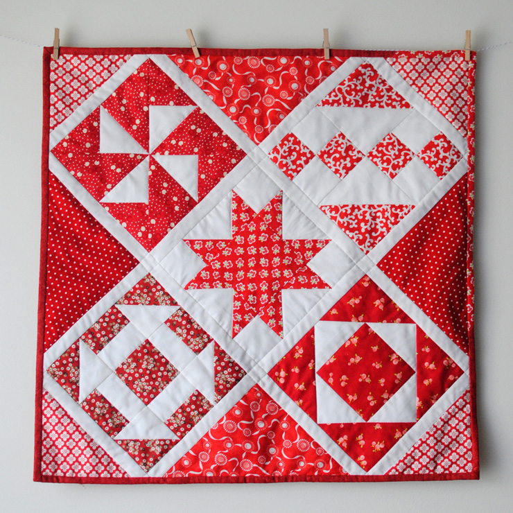 Simple-Scrappy-Sampler-Mini-Quilt