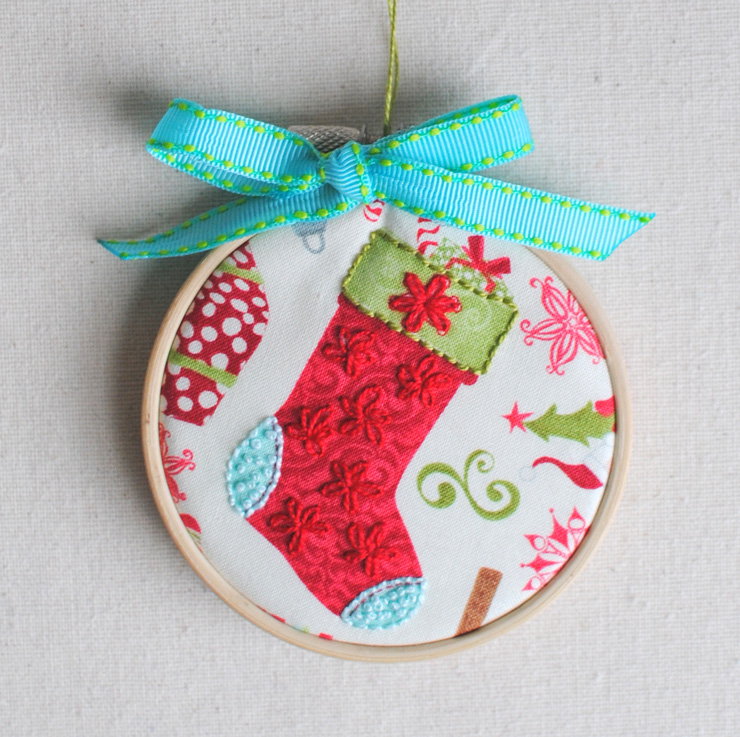 Last-Minute Gift Tutorial: Embroidered Hoop Ornament