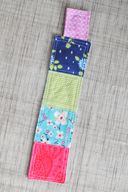 magnetic-bookmark-4