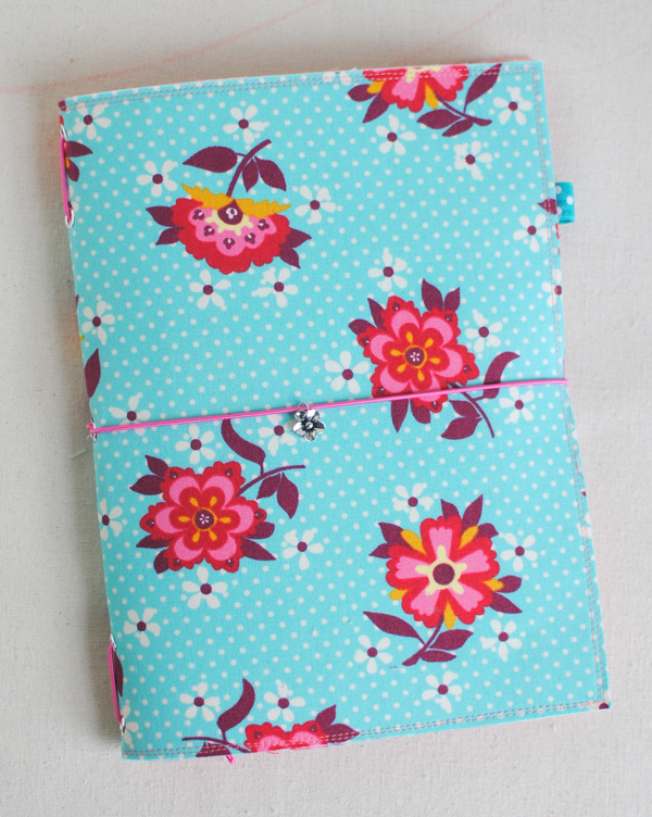 Fabric Notebook Cover : Clover violet — how to make a fabric traveler s notebook