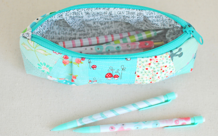 Curvy-Top-Pencil-Pouch-5