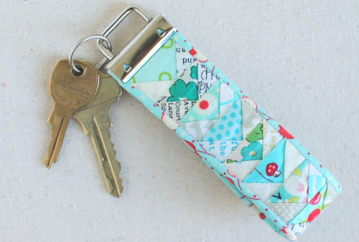 Pattern Review :: Tiny Geese Keychain