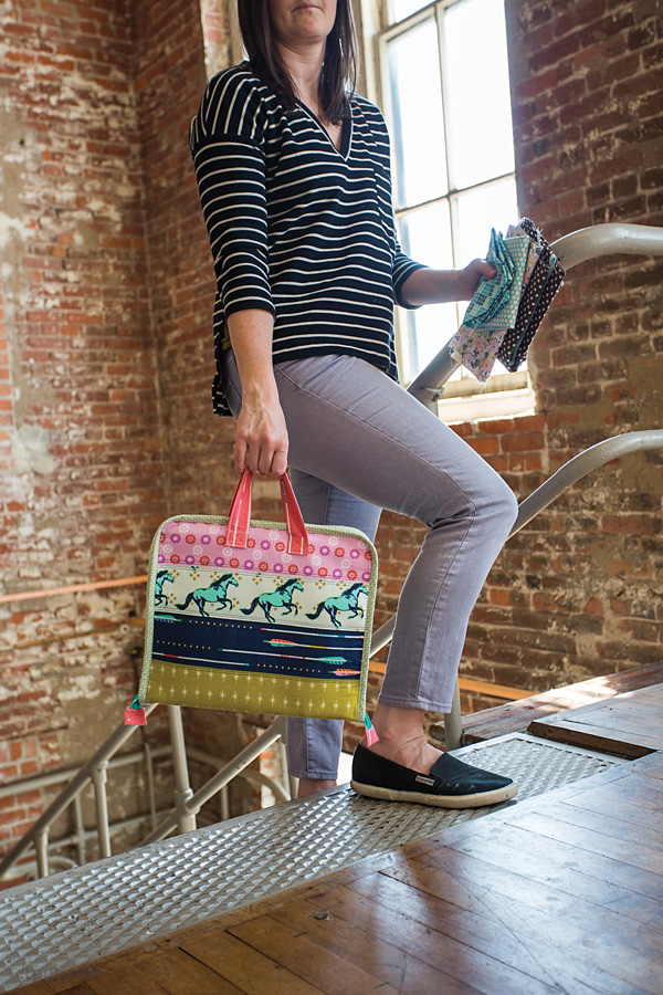 On the Go Bags :: Book Tour