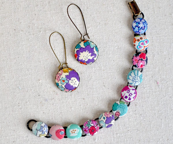 Cover Button Jewelry {Tutorial}