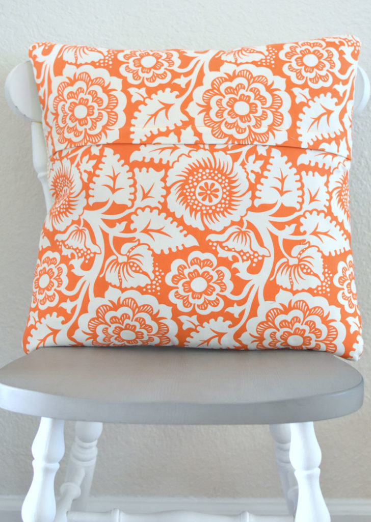 llp-pumpkin-maple-leaf-pillow-2
