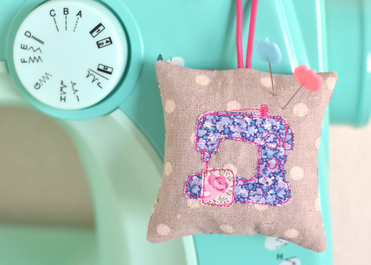 Sewing Machine Pincushion :: Sew Illustrated Blog Tour